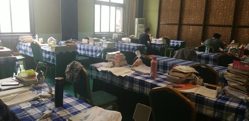 中育为-[职业资格]呼和浩特市寄宿法考考研自习室教专业培训贴心服务价格优惠