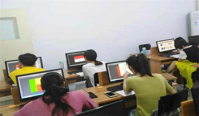 中育为-[CAD]天天教育湖州织里美工培训PS软件专业培训