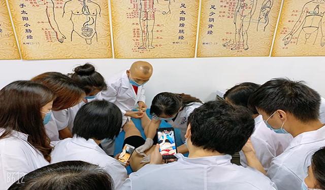 中育為-[康復師]廣東中醫職業技能培訓機構-正規中醫針灸推拿培訓學校