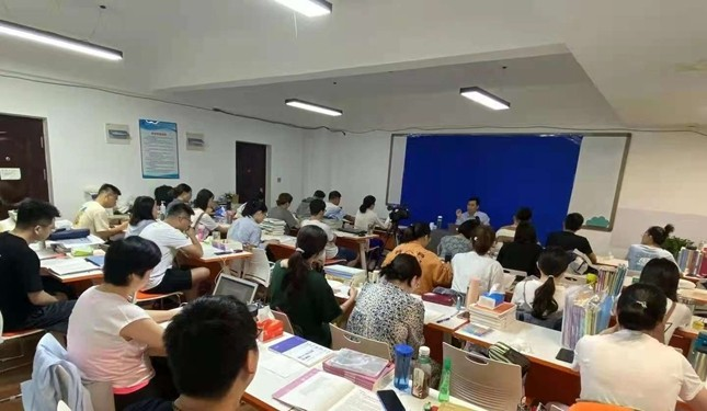 中育為-[職業資格] 2021年呼和浩特市文都法考十二年專業機構重磅開課免費試聽